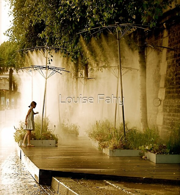 Little Girl at Paris Plages by Louise Fahy