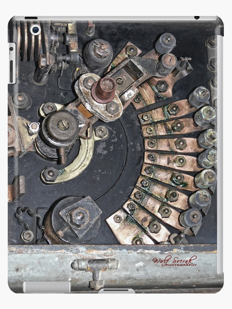 Finally revealed - what's inside your iPad (iPad case) by Wolf Sverak