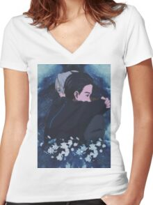 victuuri; e r o s Women's Fitted V-Neck T-Shirt