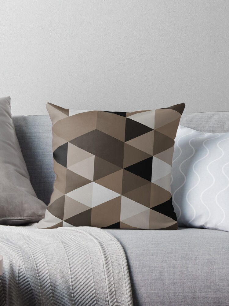 Sepia triangles pattern by siyi