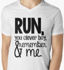 """""""Run, you clever boy, and remember me."""" - Clara Quote Men's V-Neck T-Shirt"""