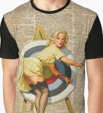 Pin Up Girl Bogenschießen Vintage Wörterbuch Kunst Grafik T-Shirt