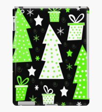 Green playful Xmas iPad Case/Skin