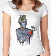 Africa, Africa Tailliertes Rundhals-Shirt