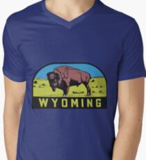Wyoming WY State Bison Buffalo Vintage Travel Decal T-Shirt
