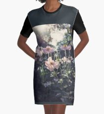 In a Country Garden Graphic T-Shirt Dress