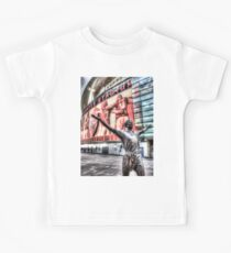 Tony Adams Statue Emirates Stadium Kids Clothes