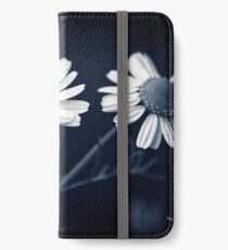 Just Daisies iPhone Wallet/Case/Skin