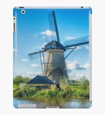 Windmills of Kinderdijk Nederlands (UNESCO Site) iPad Case/Skin