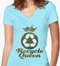 Recycle Queen Women's Fitted V-Neck T-Shirt