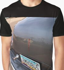 Trunk Reflection Graphic T-Shirt