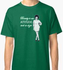 Curvy beauty: gorgeous green Classic T-Shirt