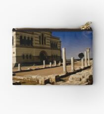 St. Vladimir Cathedral and Old Greek Temple Ruines Studio Pouch