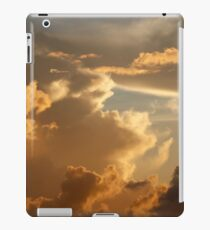 Sunset in the Atlantic Ocean on November 5th 2013 iPad Case/Skin