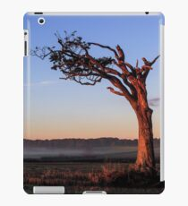 A Tree, Boughing to Nature iPad Case/Skin