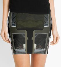 Don't Look Now. Mini Skirt