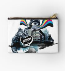 The lion who claimed for justice Studio Pouch