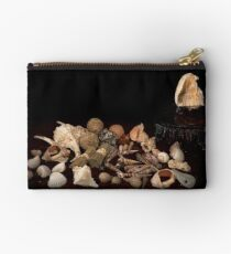 Shell Sprig Point Studio Pouch