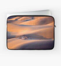 The dunes of Taar désert Laptop Sleeve