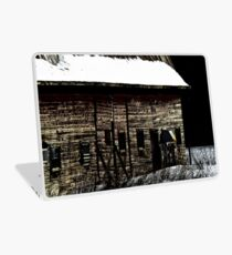 Barn in winter Laptop Skin