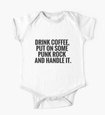 Kaffee, Punkrock, handle es Kurzärmeliger Einteiler