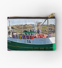 """"""" A Netter waiting for the Tide"""" Studio Pouch"""