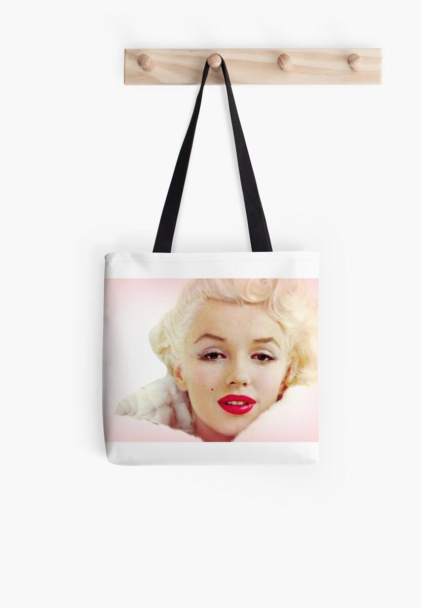 Marilyn Monroe Pretty in Pink Vintage Glamour