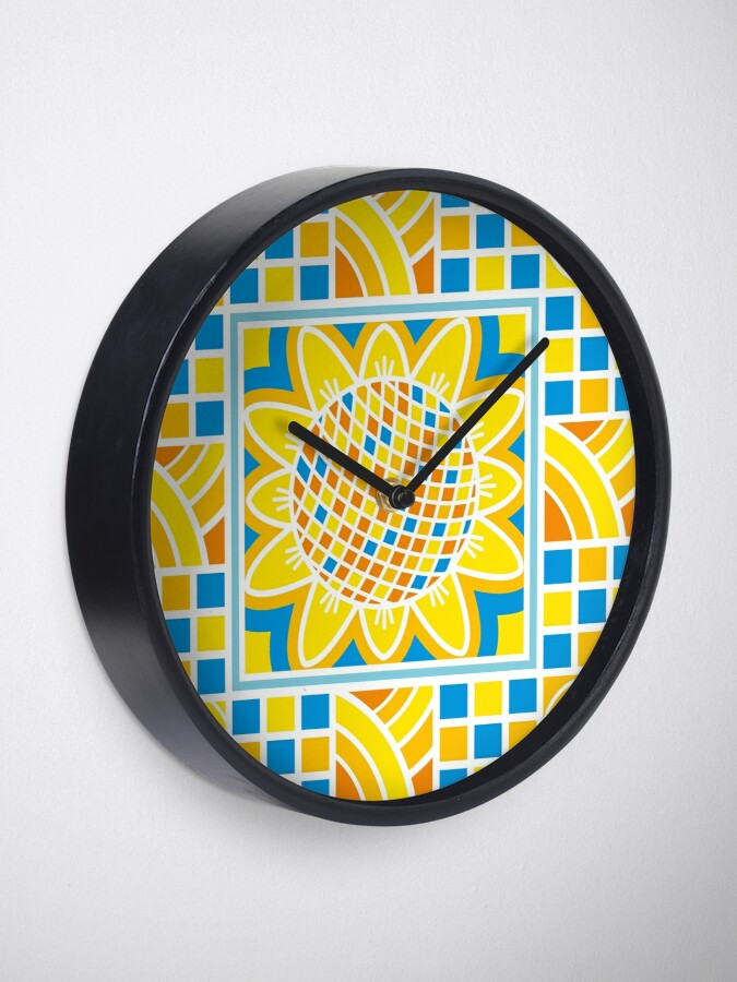 Alternate view of Sunflower Clock