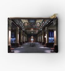 Mortlock Library - Lower Level. Studio Pouch