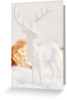 https://www.redbubble.com/people/torriphoto/works/23715955-white-christmas-deer-decoration?p=greeting-card&card_size=4x6&asc=u