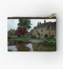 Lower Slaughter Studio Pouch