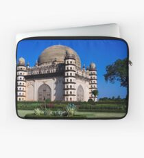 Gol Gumbaz Laptop Sleeve