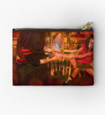 Quit playing with your food darlings.... Studio Pouch