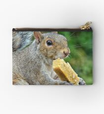 Let's meet for lunch. Studio Pouch