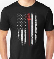 Vintage Fencing Sabre Sword American Flag T-Shirt