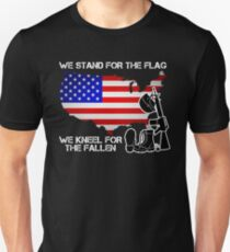 Gift For Veteran - We Stand For The Flag We Kneel For The Fallen Shirt Unisex T-Shirt