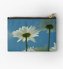 Chrysanthemum in close-up Studio Pouch