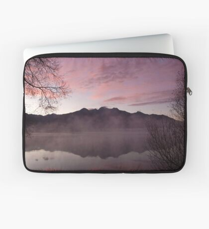 Pink dawn, KInloch NZ Laptop Sleeve