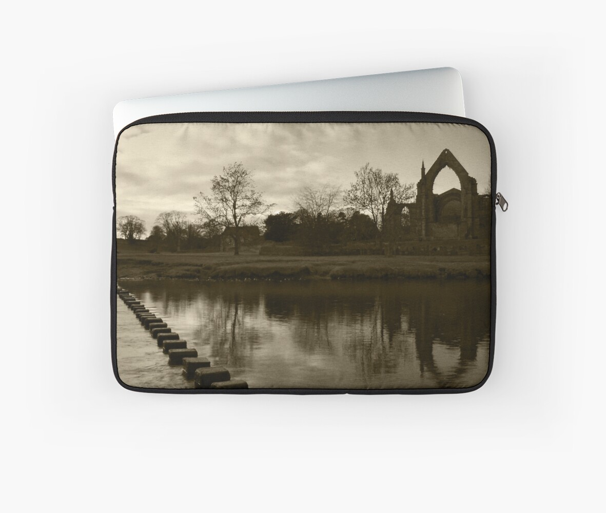 Bolton Priory & The River Wharfe by WatscapePhoto