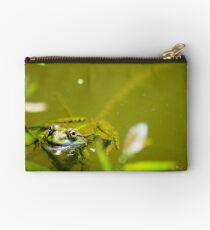 Froggie my friend Studio Pouch