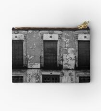 Old facade Studio Pouch
