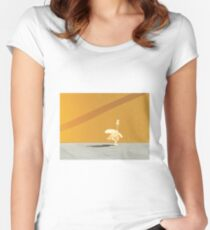 happy goose Women's Fitted Scoop T-Shirt