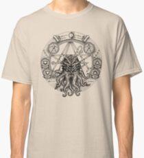 Cthulhu Pentagram Classic T-Shirt