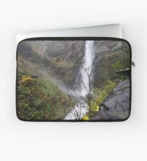 mountain of water Laptop Sleeve