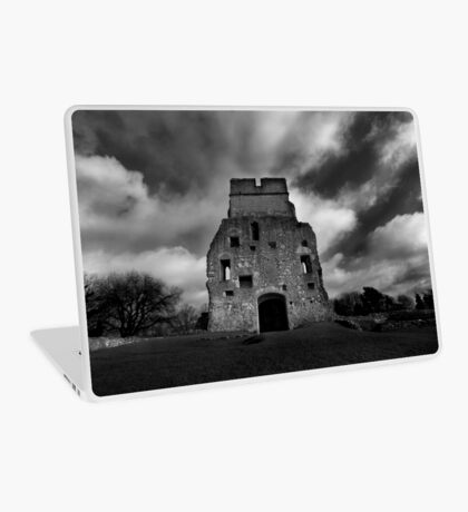 Donnington Castle Ruins Laptop Skin
