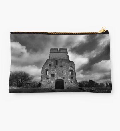 Donnington Castle Ruins Studio Pouch