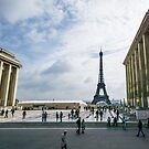 Place du Trocadero by humblebeeabroad