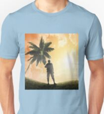 Silhouettes of tourists and a beautiful landscape as a backdrop T-Shirt