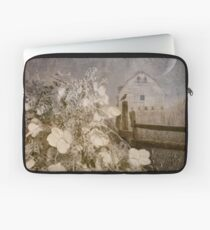 Hydrangea Hill Laptop Sleeve