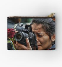Photographer with a rose Studio Pouch